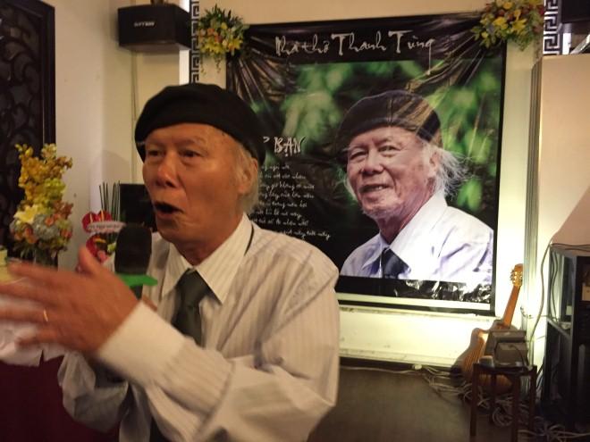 Nhà thơ Thanh Tùng: Chuyện ít biết về 'Thời hoa đỏ'