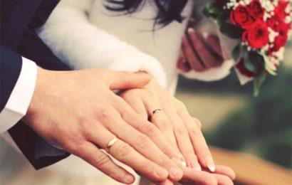 Em có bằng lòng làm vợ anh không?
