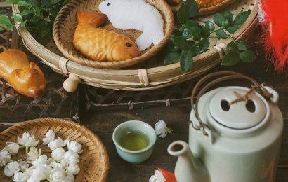 Hà Nội, hồng đỏ , cốm xanh và những mùa trung thu cũ